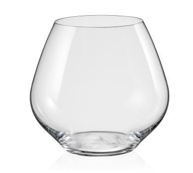 Wijnglas zonder voet: Hoe kan je dit wijnglas het beste vasthouden?